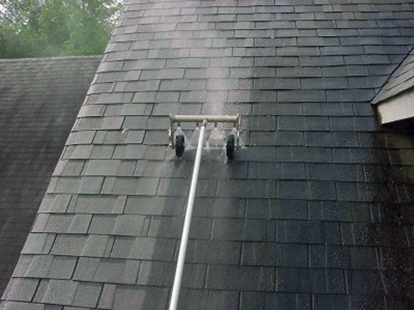 Low Pressure Washing For Shingle Roofs